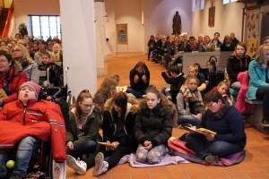 Adventsgottesdienst mit Mosaikschule 05