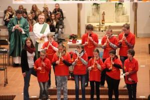 Adventsgottesdienst mit Mosaikschule 08