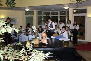 Big Band-Auftritt im Wohnstift Curanum 01