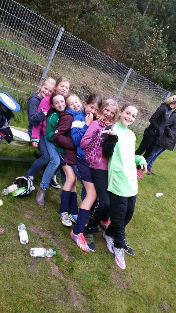 Mädchen WK 4 - Fanclub