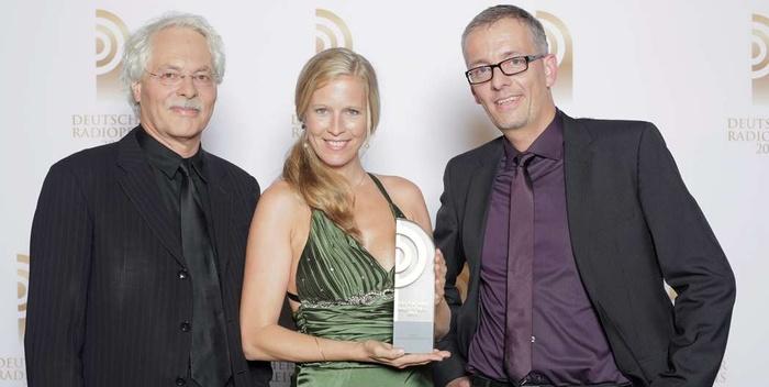 """Petra Sander gewann den Deutschen Radiopreis in der Kategorie """"Beste Nachrichtensendung""""."""