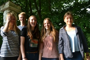 Vocals- Emili, Niklas, Farina, Anna und Julia